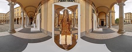 Scultura di Piero Cattaneo al Palazzo della Provincia di Bergamo