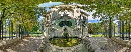L'ingresso dell'Acquario Civico di Milano all'interno del Parco Sempione