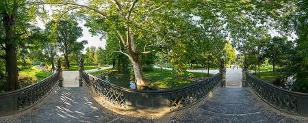 Ponte delle Sirenette al Parco Sempione di Milano