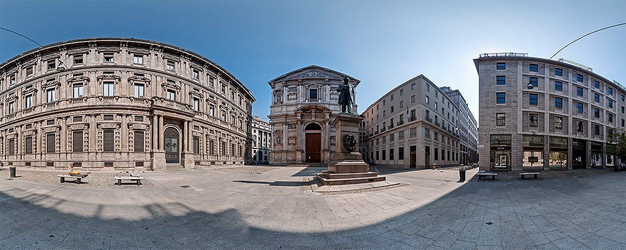 St Fedele Square: the Church and Monument to the famous novelist Alessandro Manzoni