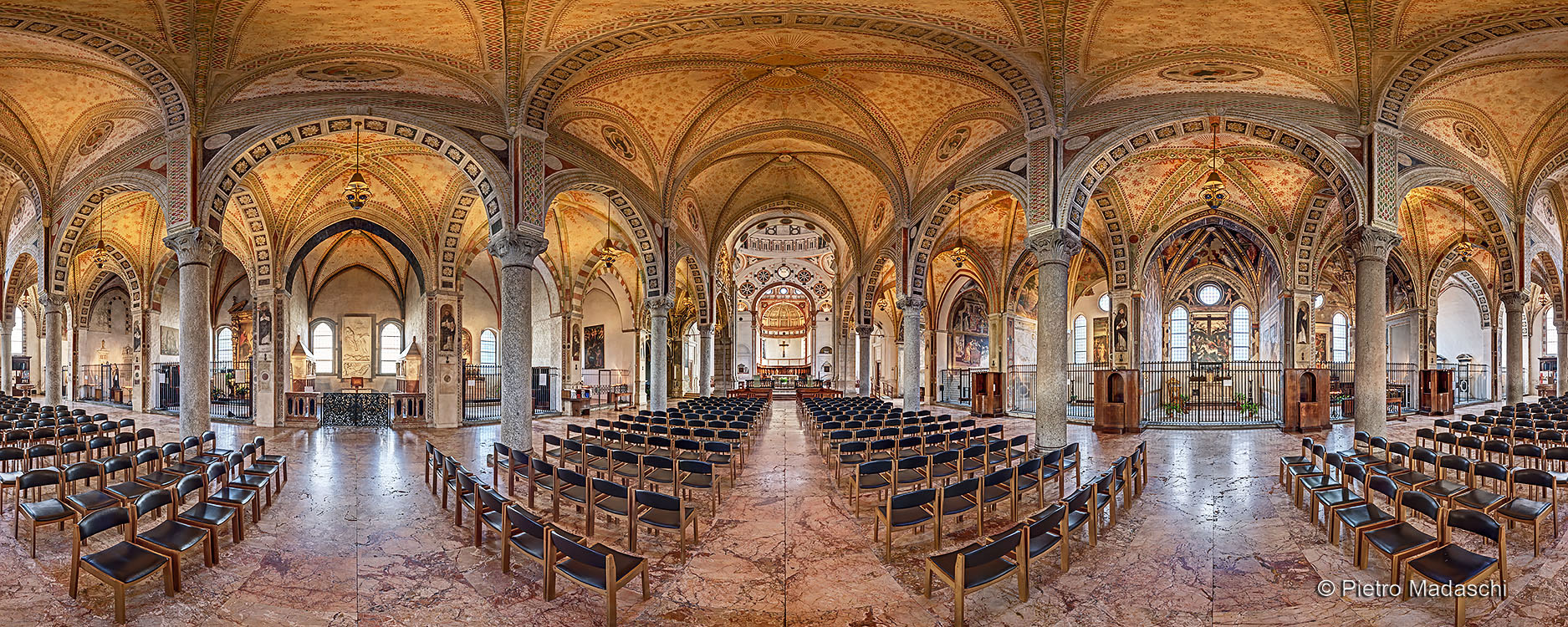 Holy Mary of Graces: the beautiful nave in its Renaissance style