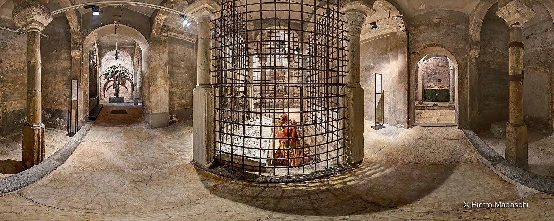 The Crypt of San Sepolcro: St Carlo Borromeo and the Holy Sepulchre