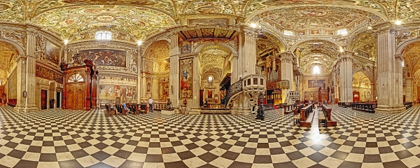 The magnificent interior of the Basilica di Santa Maria Maggiore in Bergamo