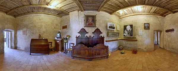 Bedroom of the Roncalli Parents where Pope John XXIII was born, Sotto il Monte