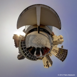 Milano - L'ingresso del Teatro Arcimboldi alla Bicocca